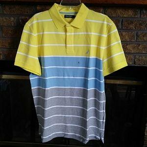 Nautica men's spprt shirt in blue & yellow NWT